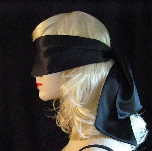 silk-blindfold